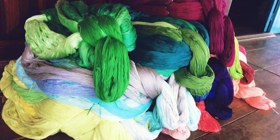 Làng nghệ truyền thống xưởng khăn rằn nam bộ