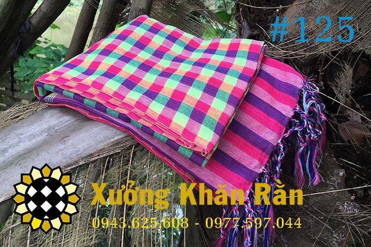 Mẫu khăn rằn truyền thống Nam bộ cách tân se tua